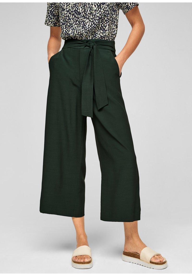 s.Oliver BLACK LABEL - Trousers - dark green