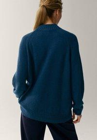 Massimo Dutti - MIT STEHKRAGEN - Jumper - blue - 1
