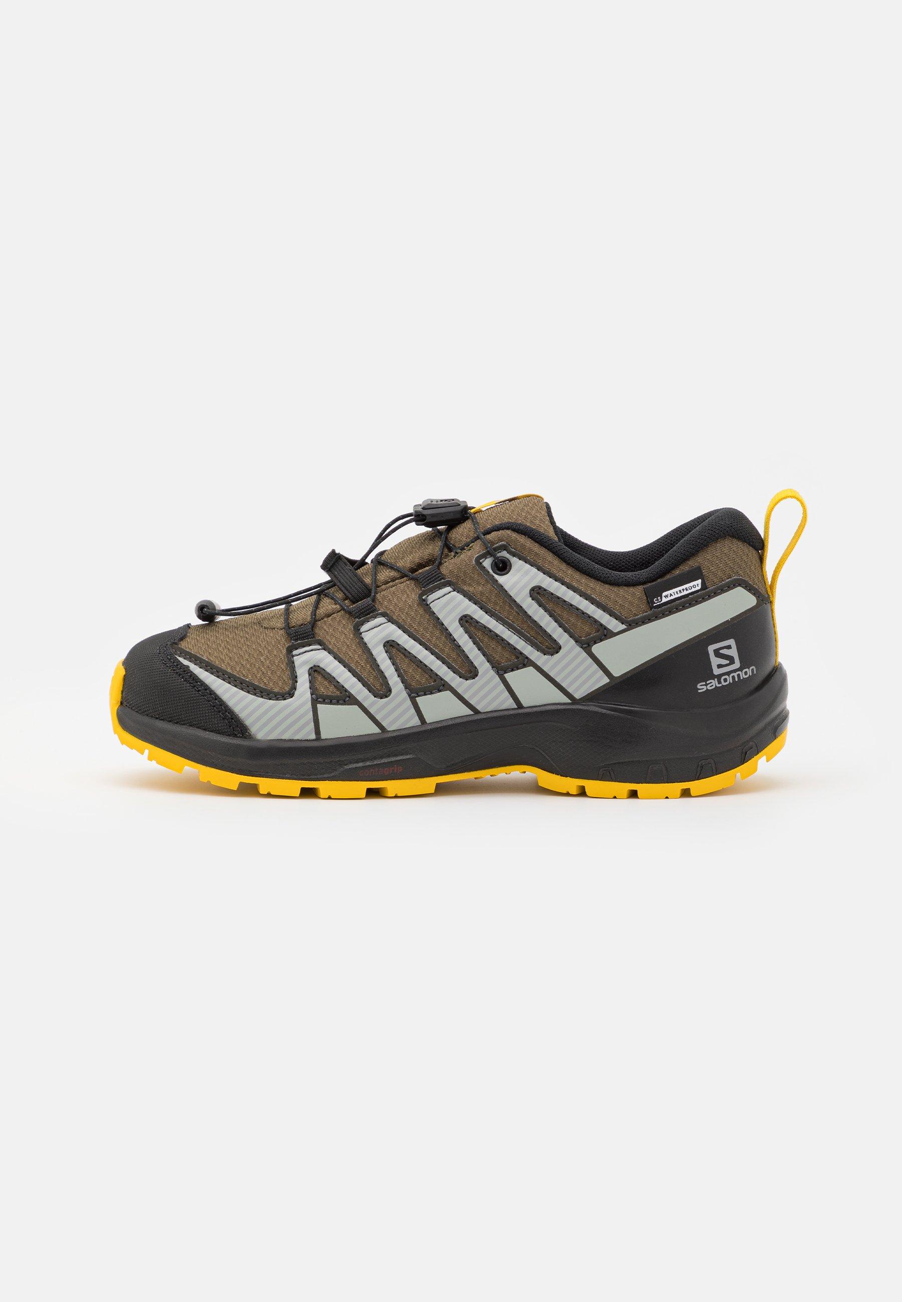 Kids XA PRO V8 CSWP UNISEX - Hiking shoes