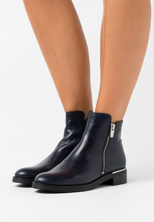 Ankle boots - noche