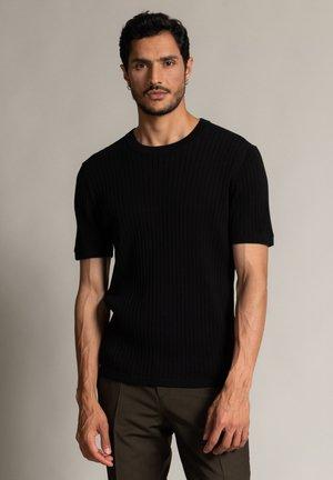 VALENTIN - Basic T-shirt - schwarz