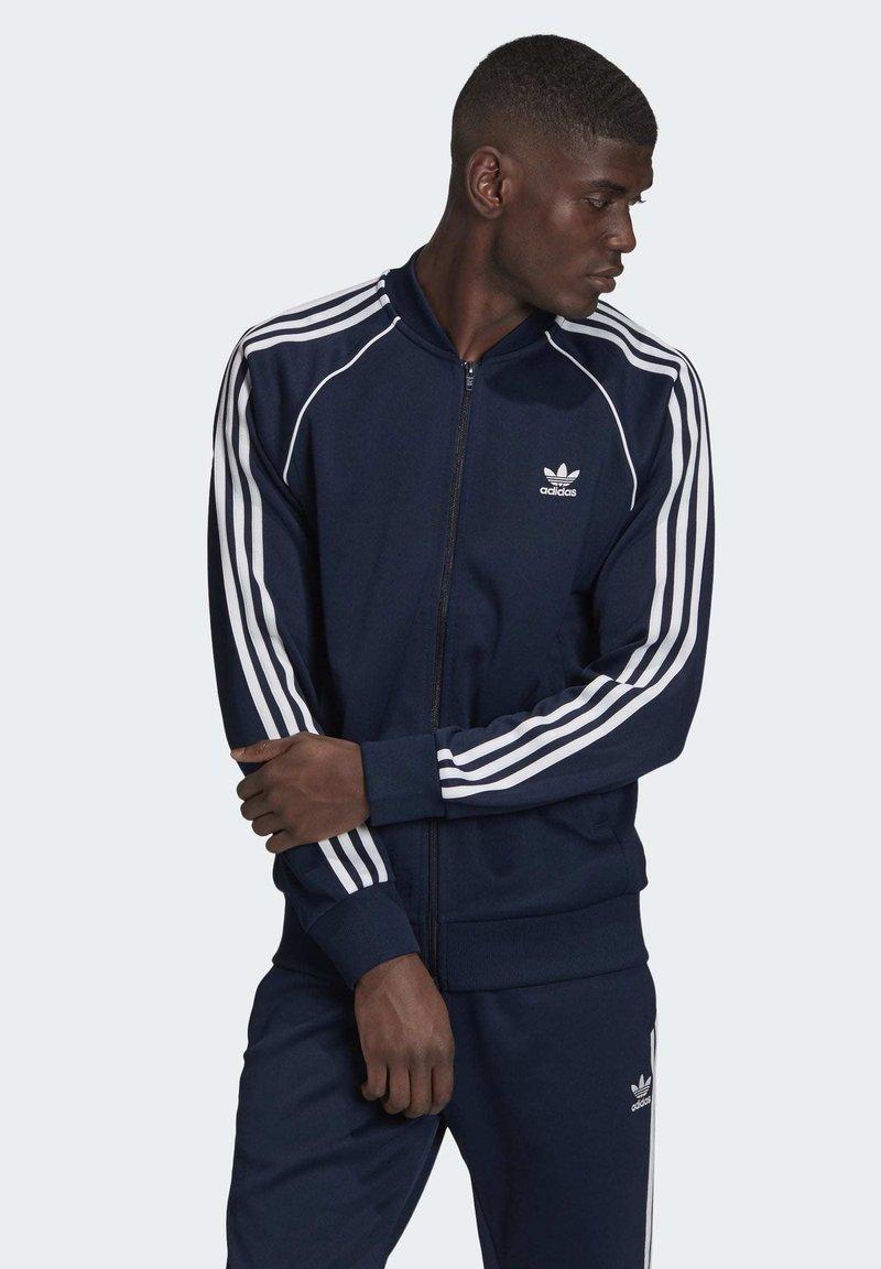 adidas Originals - ADICOLOR CLASSICS PRIMEBLUE SST TRACK TOP - Träningsjacka - blue