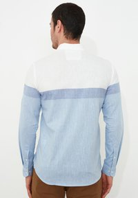 Trendyol - Camisa - white - 1
