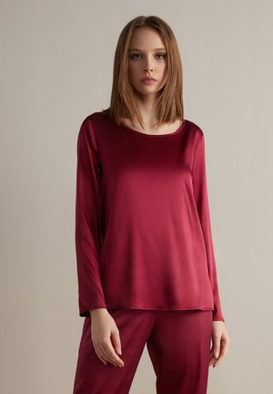 Long sleeved top - sangria
