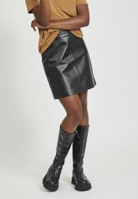Object - OBJCHLOE SKIRT - Leather skirt - black - 0