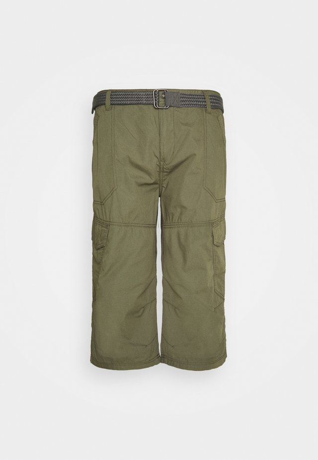 LONG CARGO WITH BELT - Shorts - army