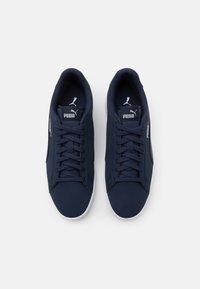 Puma - SMASH  UNISEX - Sneakers - peacoat-white-whisper white - 3