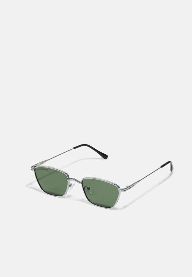 SUNGLASSES KALYMNOS WITH CHAIN UNISEX - Sunglasses - silver-coloured/green