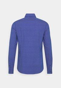 Calvin Klein Tailored - PRINTED EASY CARE SLIM - Shirt - sodalite blue - 1