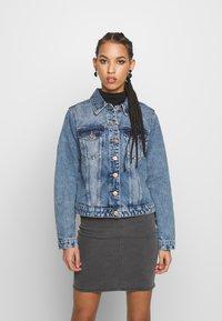 Pieces - PCLOU JACKET - Denim jacket - light blue denim - 0