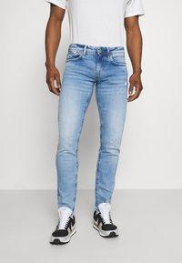 Pepe Jeans - HATCH - Slim fit jeans - light-blue denim - 0