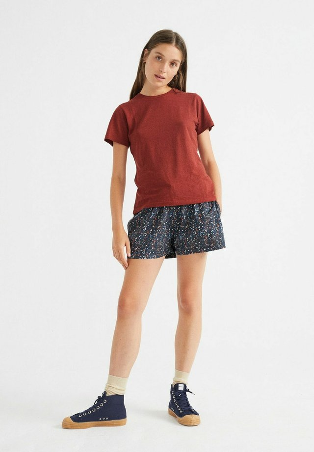 JUNO - Basic T-shirt - teja