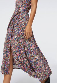 OYSHO - FLORAL  - Sukienka letnia - multi-coloured - 5