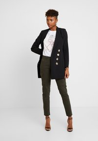 ONLY - ONLVARGO PANT - Trousers - forest night - 1