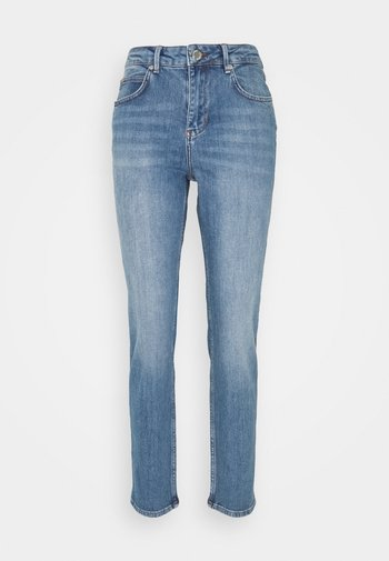 RIGGIS THINK TWICE - Jeans a sigaretta - mid blue