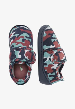 MUTED CAMO SLIPPERS (YOUNGER) - První boty - green