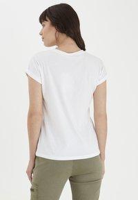Fransa - MIT FLORALEM PRINT - Print T-shirt - white - 2