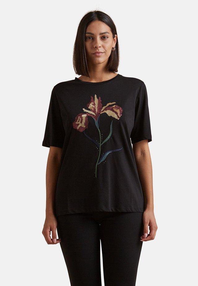 MIT BLUMENSTICKEREI - Print T-shirt - nero