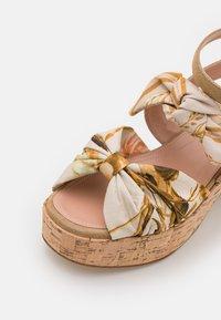Alberta Ferretti - Platform sandals - beige - 6