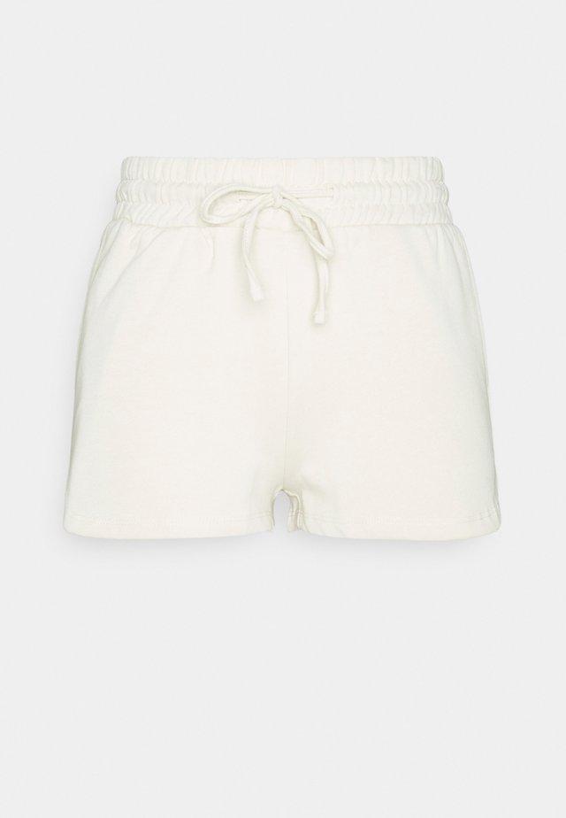 VIRUST - Shorts - birch