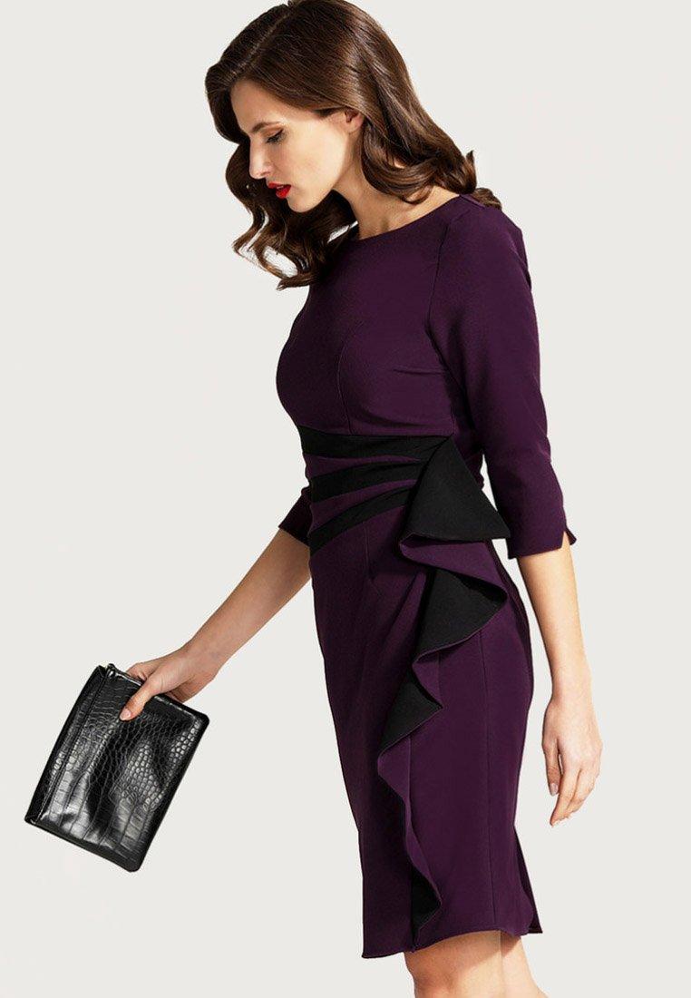 HotSquash - CONTRAST SIDE FRILL - Shift dress - dark purple
