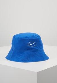 Nike Sportswear - BUCKET CAP - Hat - white/game royal/dark sulfur - 4