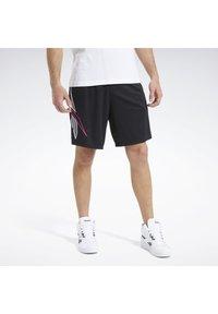 Reebok Classic - CLASSICS SOCCER SHORTS - Shorts - black - 2