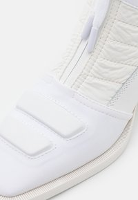 MM6 Maison Margiela - BOOT - Classic ankle boots - white - 6