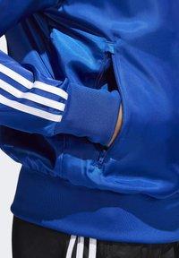 adidas Originals - SATIN FIREBIRD TRACK TOP - Træningsjakker - blue - 4