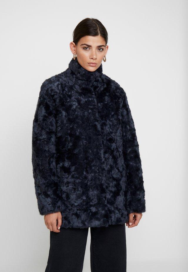 MINIMAL - Winter coat - worker blue