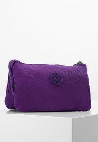 Kipling - CREATIVITY L - Trousse - future purple - 2