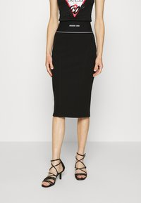 Guess - KAYLA SKIRT - Pencil skirt - jet black - 0