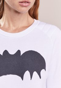 Zoe Karssen - BAT - Sweatshirt - optical white