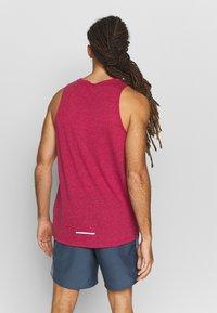 Nike Performance - RISE TANK - Camiseta de deporte - noble red - 2