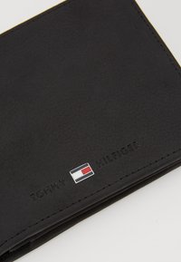 Tommy Hilfiger - JOHNSON  - Portfel - black - 2