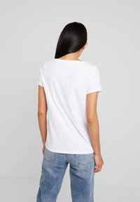 edc by Esprit - TEE - Print T-shirt - white - 2