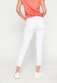 LolaLiza - Broek - white - 2