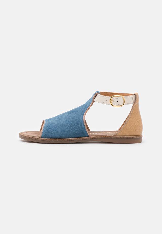 CAROLA - Sandales - blue