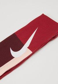 Nike Performance - FURY HEADBAND - Ørevarmere - worn brick/night maroon/washed coral - 2
