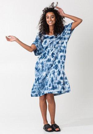 JUNA - Jerseyklänning - blue