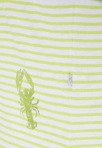 Frieda & Freddies - Print T-shirt - green island - 2