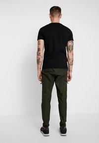 Glorious Gangsta - FRESNO - Cargo trousers - khaki - 2