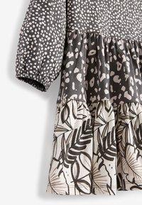 Next - TIER  - Robe d'été - grey - 2