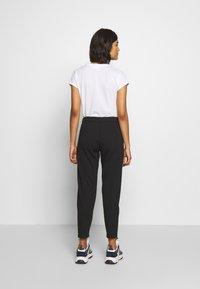 Calvin Klein Jeans - INSTITUTIONAL PANT - Teplákové kalhoty - ck black - 2
