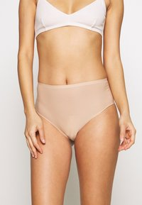 Chantelle - SOFTSTRETCH THONG - Thong - nude - 0