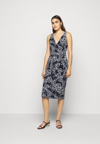 Lauren Ralph Lauren - PRINTED MATTE DRESS - Jerseyklänning - lighthouse navy - 0