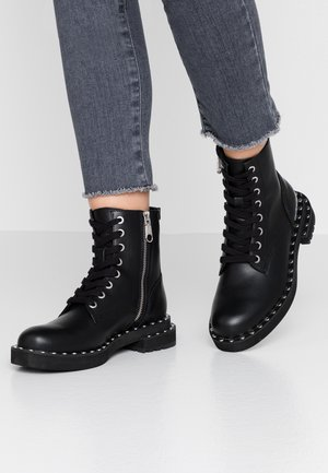 NANNIE - Bottines à lacets - black