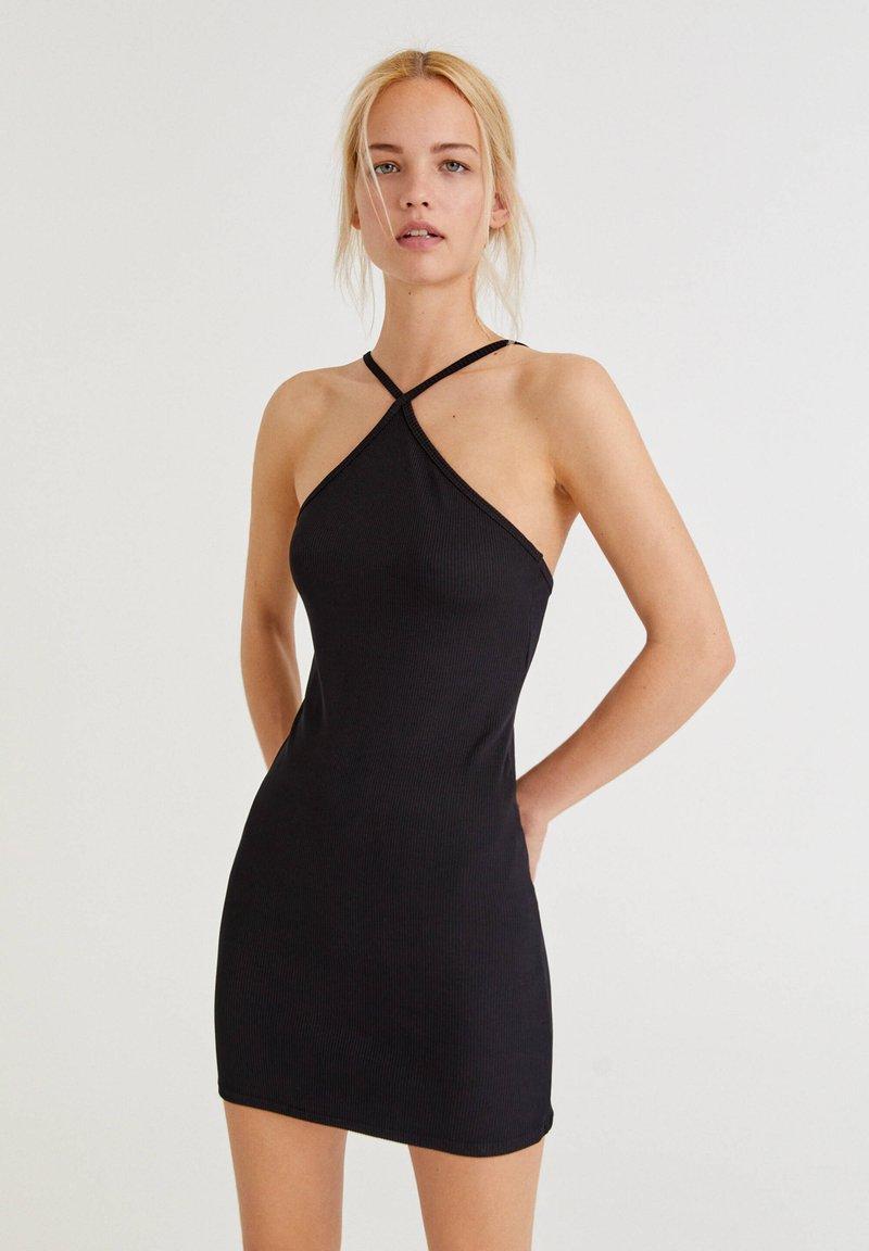 PULL&BEAR - Pouzdrové šaty - black