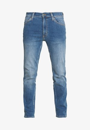 TRAMPER - Slim fit jeans - denim blue