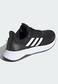 adidas Performance - QT RACER SPORT LGHTMOTON PRIMEBLUE RUNNING REGULAR SHOES - Treningssko - black - 4